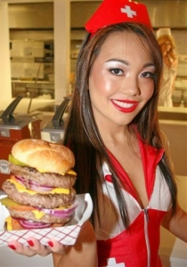 The Triple Bypass Burger - all 8,00 calories of it