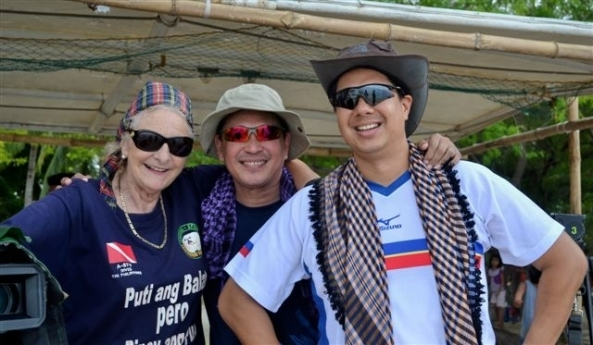 Among the media covering the event - British film maker Hazel Stuart and ABS-CBN's Rushty Ramos and Jay Jalandoni