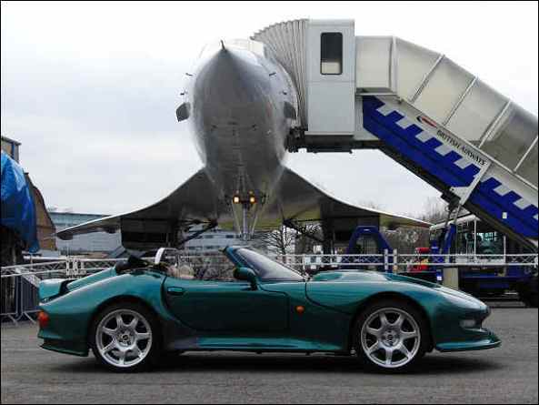 1998 Mantis with the first production Concorde at Brooklands Museum  Weybridge, England