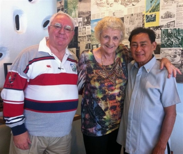 British TV documentary film maker and Bacolod resident Hazel Stuart hosted a lunch on Thursday for Msgr. Gigi Gaston (r), who this week is cerebrating his 54th year as a priest. Joining them for the lunch was British national and Bacolod resident Robert Harland.